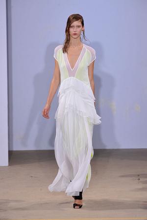 Показы мод Jonathan Saunders Весна-лето 2010 | Подиум на ELLE - Подиум - фото 3003