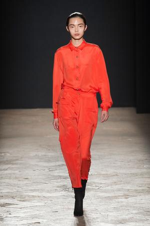 Показы мод Francesco Scognamiglio Осень-зима 2014-2015 | Подиум на ELLE - Подиум - фото 3918
