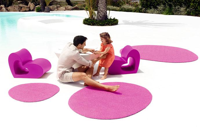 Садовые ковры и детская мебель из коллекции Agatha, дизайн Агаты Руис де ла Прады для Vondom, www.vondom.com