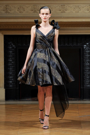 Показ Alexis Mabille коллекции сезона Осень-зима 2011-2012 года Haute couture - www.elle.ru - Подиум - фото 277059