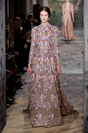 Показ Valentino коллекции сезона Весна-лето 2014 года haute couture - www.elle.ru - Подиум - фото 575248