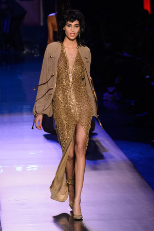 Показ Jean Paul Gaultier коллекции сезона Весна-лето  2016 года Haute couture - www.elle.ru - Подиум - фото 602938