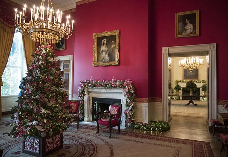 Мелания Трамп украсила Белый Дом к Рождеству фото [3]