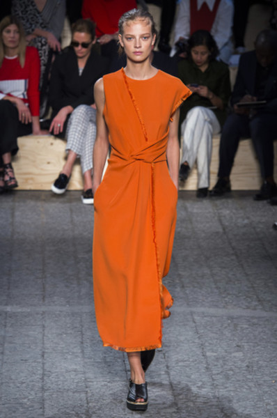 НУЖНЫЙ ТОН: Какие цвета и сочетания цветов в моде этим летом?   галерея [2] фото [2]