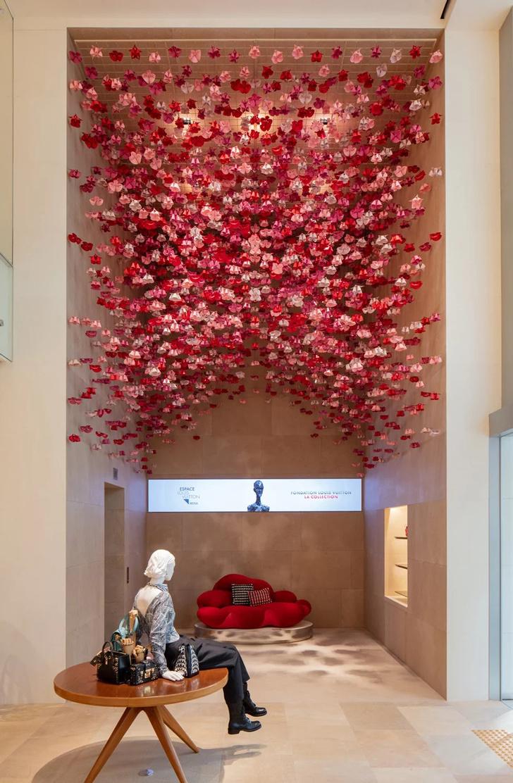 Открылся флагманский магазин Louis Vuitton в Сеуле (фото 11)
