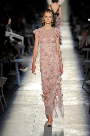 Показ  коллекции сезона Осень-зима 2012-2013 года Haute couture - www.elle.ru - Подиум - фото 403700