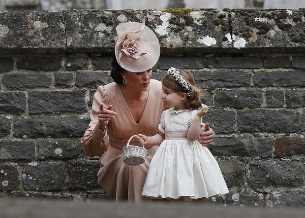 Что наденут дети Кейт Миддлтон и принца Уильяма на свадьбу Меган Маркл и Гарри? (фото 3)