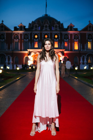 Даша Малыгина в платье-комбинации Walk Of Shame на вечеринке Moët Grand Day (фото 0.1)