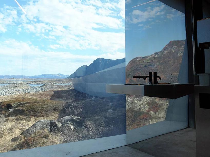 По большому: дизайнерские общественные туалеты (галерея 15, фото 0)