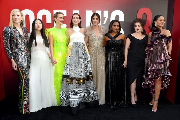 Сандра Буллок, Джиджи Хадид и другие на премьере «8 подруг Оушена» (фото 9)