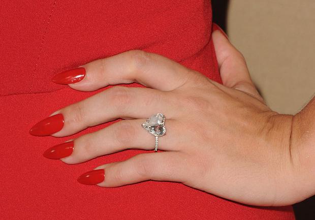Помолвочное кольцо Леди Гаги