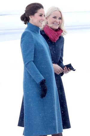 Леди в голубом: два новых образа Кейт Миддлтон в Норвегии (фото 2)