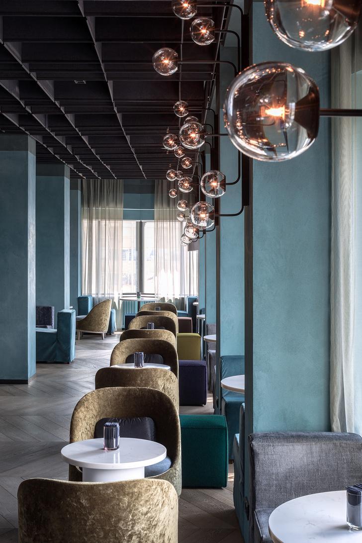 Минималистичный отель AZIMUTH Lounge с видом на Москва реку (фото 0)