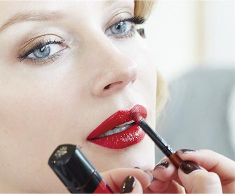 Star Trends: Светлана Ходченкова в модных бьюти-образах нового сезона | галерея [1] фото [3]
