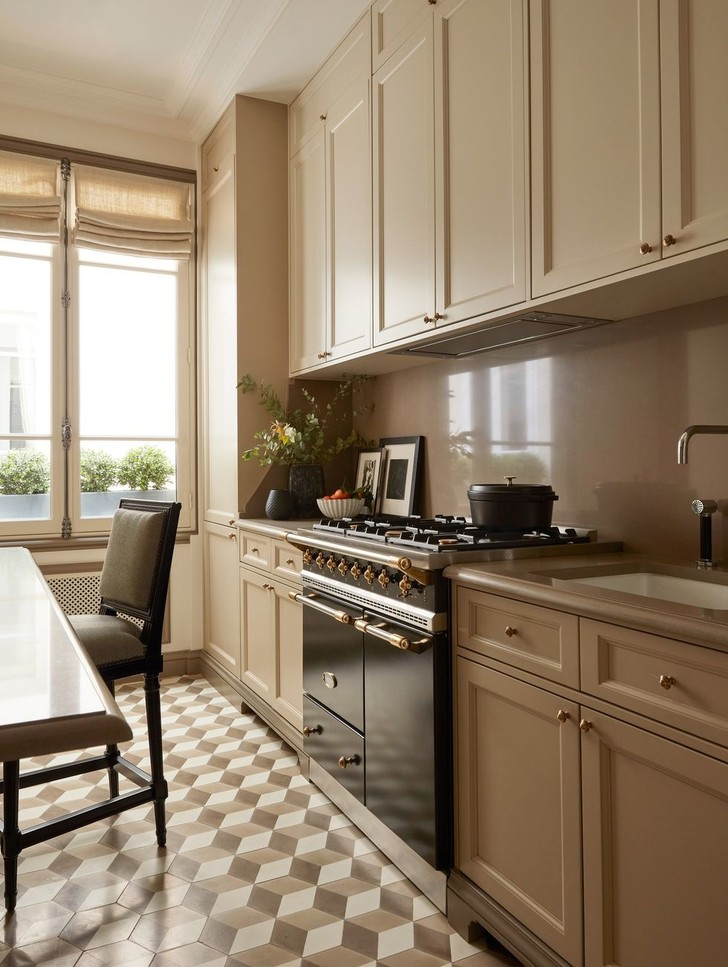 Эклектичный интерьер квартиры в Париже (фото 8)