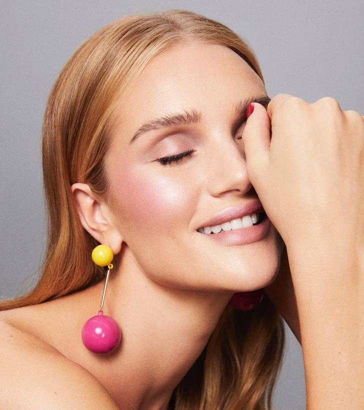 Рози Хантингтон-Уайтли запускает собственный бренд косметики (фото 1)