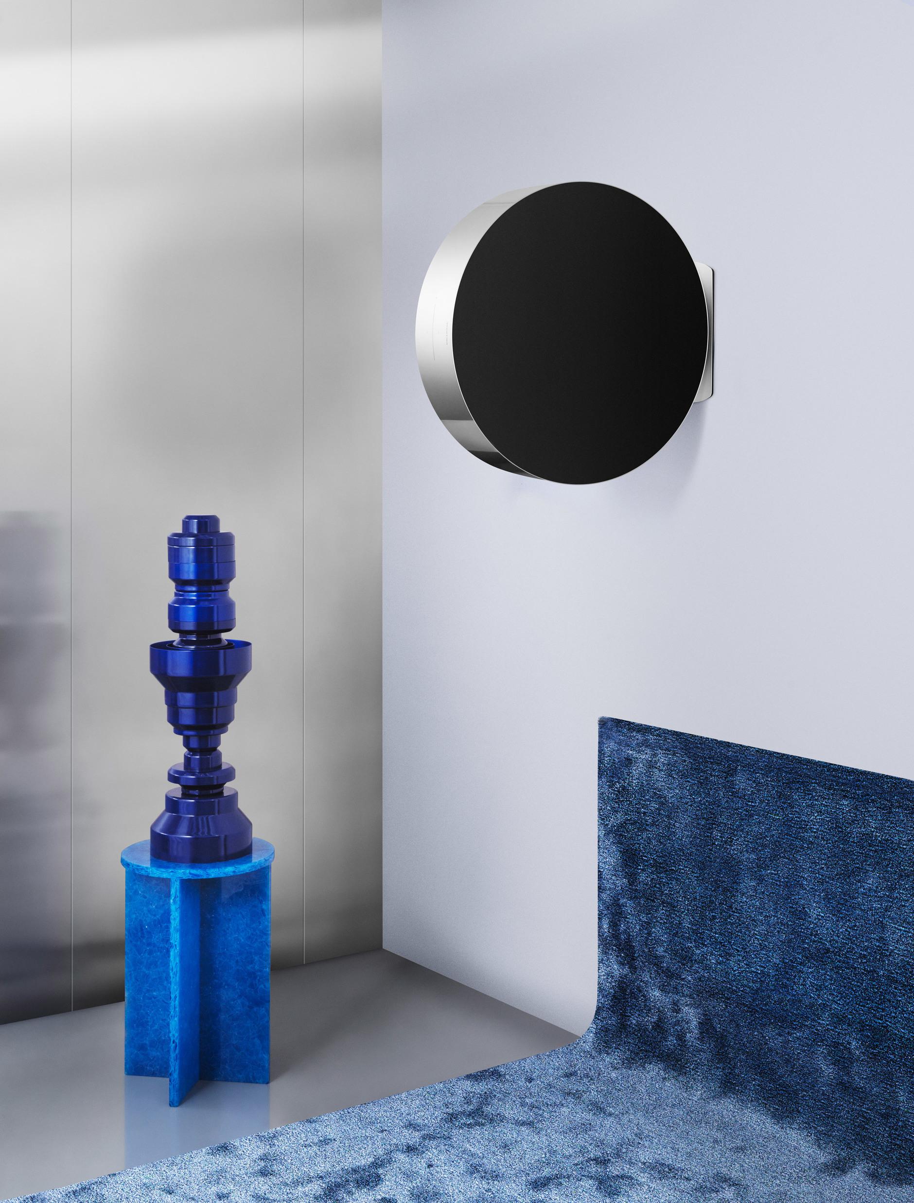 Изобрели колесо! Новая аудиоколонка Майкла Анастассиадеса для Bang & Olufsen (галерея 2, фото 1)