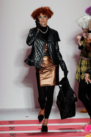 Показы мод Betsey Johnson Осень-зима 2013-2014 | Подиум на ELLE - Подиум - фото 852