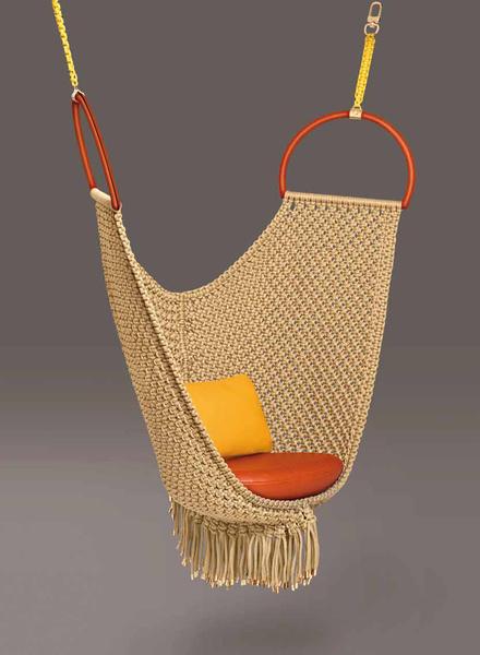 Выставка Objets Nomades от модного дома Louis Vuitton   галерея [1] фото [2]
