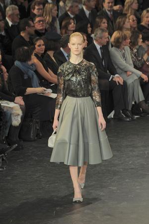Показ Louis Vuitton коллекции сезона Осень-зима 2010-2011 года prêt-à-porter - www.elle.ru - Подиум - фото 157453