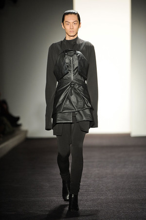 Показы мод Rad by Rad Hourani Осень-зима 2011-2012 | Подиум на ELLE - Подиум - фото 2357