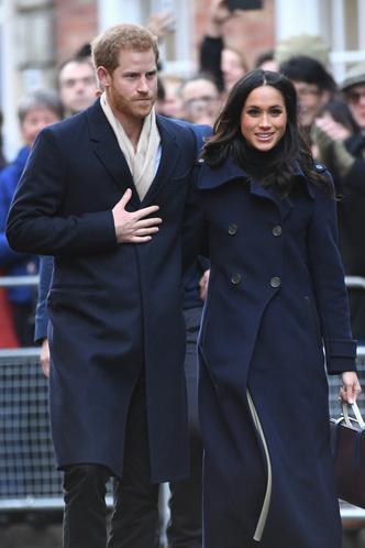 Фото дня: принц Гарри и Меган Маркл в Ноттингеме (фото 1)