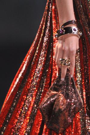 Показ Givenchy коллекции сезона Весна-лето 2014 года Prêt-à-porter - www.elle.ru - Подиум - фото 570852