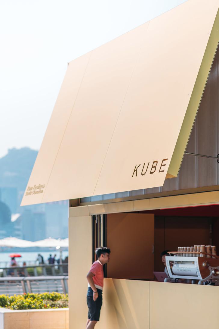 Павильон-куб от OMA перед торговым центром в Гонконге (фото 10)