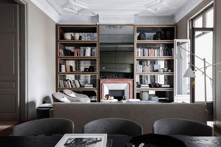 Современная квартира в доме Гауди в Барселоне (фото 0)