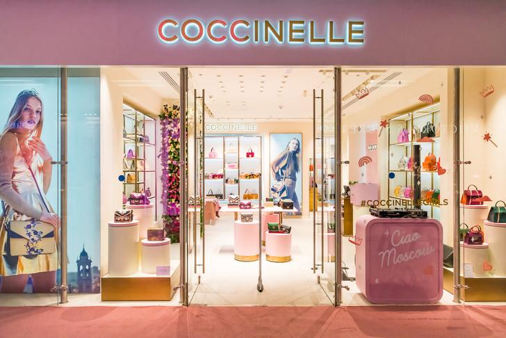В Москве открылся новый магазин Coccinelle (фото 1)