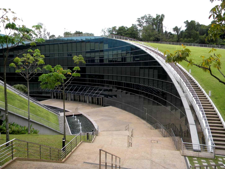 Пятый фасад: зеленые крыши (галерея 15, фото 1)
