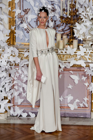 Показ Alexis Mabille коллекции сезона Весна-лето 2014 года haute couture - www.elle.ru - Подиум - фото 574429