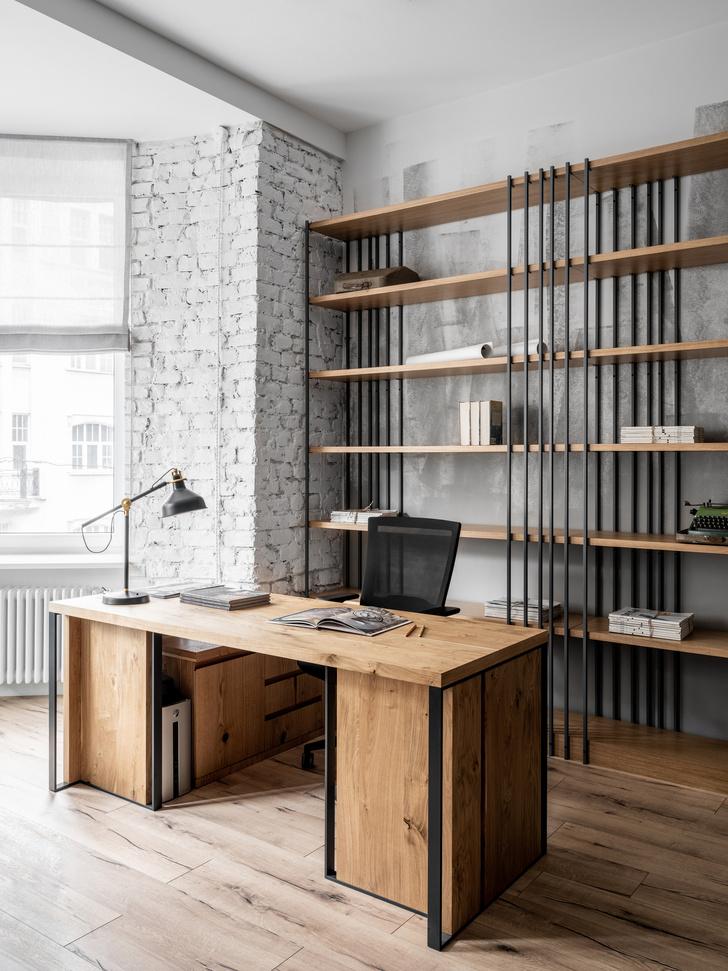 Светлый офис для книжного издательства в старинном петербургском доме (фото 11)