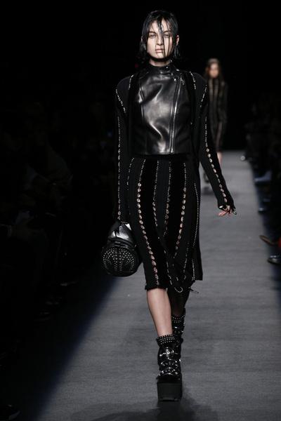 Неделя моды в Нью-Йорке: лучшие показы уикенда | галерея [1] фото [3]