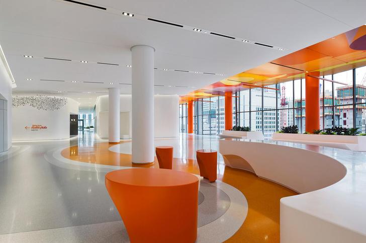 Яркая больница в Чикаго лечит дизайном (фото 6)