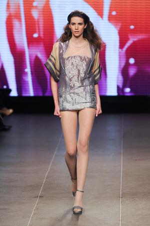 Показ Julien Fournie коллекции сезона Весна-лето 2012 года Haute couture - www.elle.ru - Подиум - фото 331795