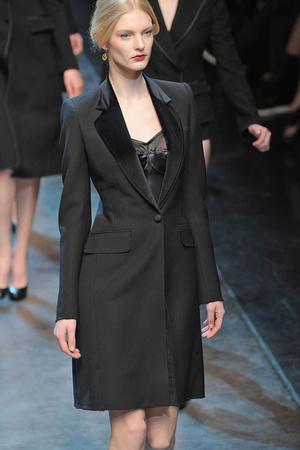 Показы мод Dolce & Gabbana Осень-зима 2010-2011 | Подиум на ELLE - Подиум - фото 2756