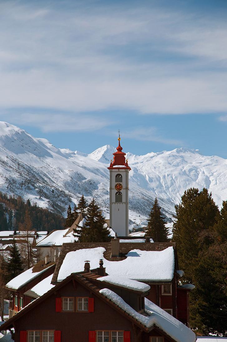 Вид на заснеженные Альпы