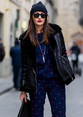 Модные зимние куртки из кожи с мехом стрит стайл фото