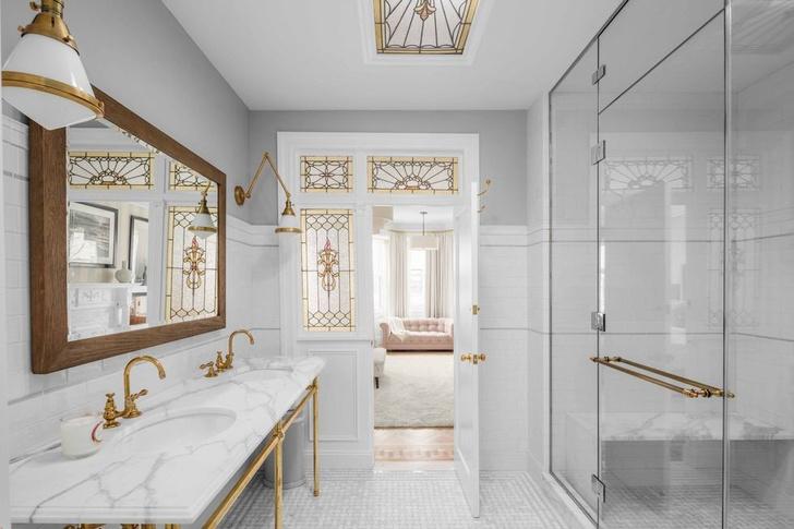 Эмили Блант и Джон Красински продают свой особняк в Бруклине фото [5]