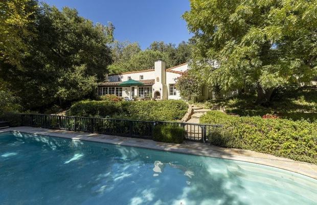 Бывший дом Кэтрин Хэпберн в Голливуде выставлен на продажу (фото 13)