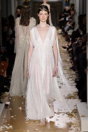 Показ Valentino коллекции сезона Весна-лето  2016 года Haute couture - www.elle.ru - Подиум - фото 603098