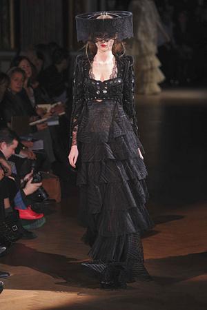 Показ Givenchy коллекции сезона Весна-лето 2010 года haute couture - www.elle.ru - Подиум - фото 138533