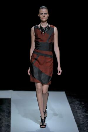 Показ Maxime Simoens коллекции сезона Осень-зима 2011-2012 года haute couture - www.elle.ru - Подиум - фото 278932
