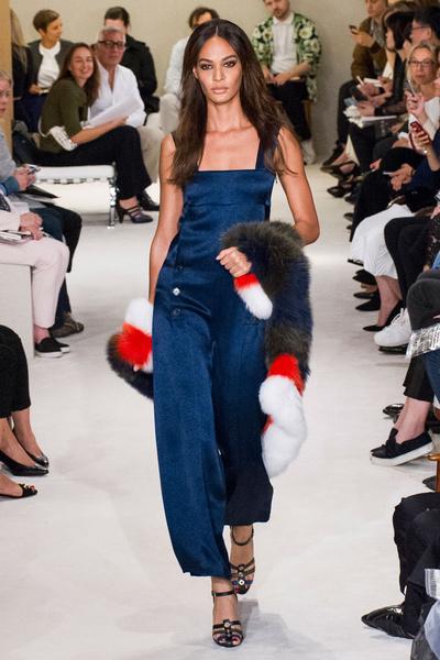 Показ Sonia Rykiel на Неделе моды в Париже