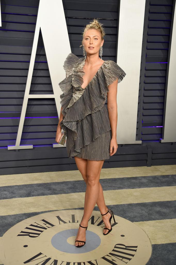 Бесконечные ноги: Мария Шарапова на вечеринке премии «Оскар» (фото 1)