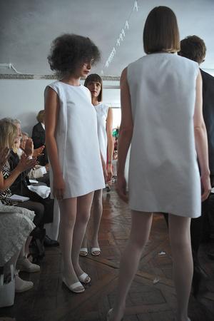 Показ Adeline Andre коллекции сезона Осень-зима 2009-2010 года Haute couture - www.elle.ru - Подиум - фото 87050