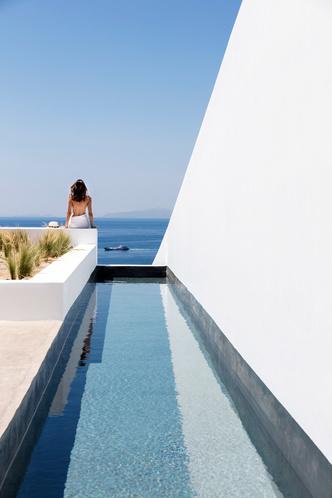 Белоснежная вилла на Санторини от Kapsimalis Architects (фото 13.2)