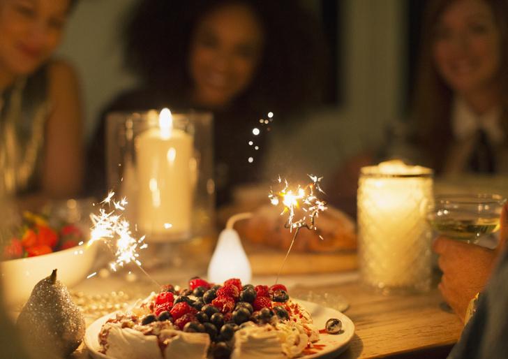 Не в себя: как избежать переедания за праздничным столом (фото 12)