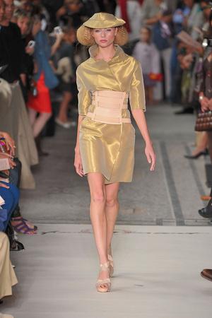 Показ Lefranc Ferrant коллекции сезона Осень-зима 2009-2010 года haute couture - www.elle.ru - Подиум - фото 88062